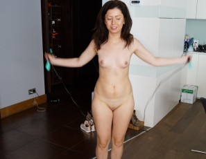 content/022117_virgin_sharlote_working_out_nude/2.jpg