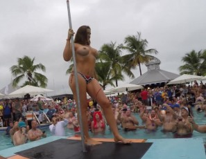 content/031717_dantes_wet_tshirt_competition_at_fantasy_fest_key_west_florida/1.jpg