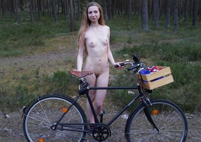 Areana Back Riding Her Bike Nude Masturbating In The -1121