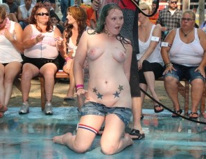 Nudes poppin amature