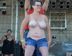 content/092314_mature_big_boob_wet_t_contest_at_abate_of_iowa_2014/1.jpg