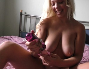 content/111618_18yo_big_boobed_alina_using_strange_dildo_and_hard_female_orgasm_closeups/1.jpg