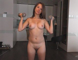 content/112216_18yo_nasa_naked_workout_then_masturbating_double_pussy_penetration_jump_rope_handles/1.jpg