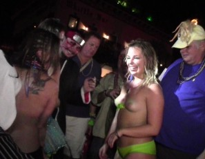 content/123014_very_hot_girls_stripping_down_and_dancing_naked_on_duval_street_key_west_during_fantasy_fest_2014/1.jpg