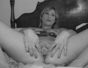 content/drive2/031013_teacher_lindsey_first_double_penetration_and_randomness/1.jpg