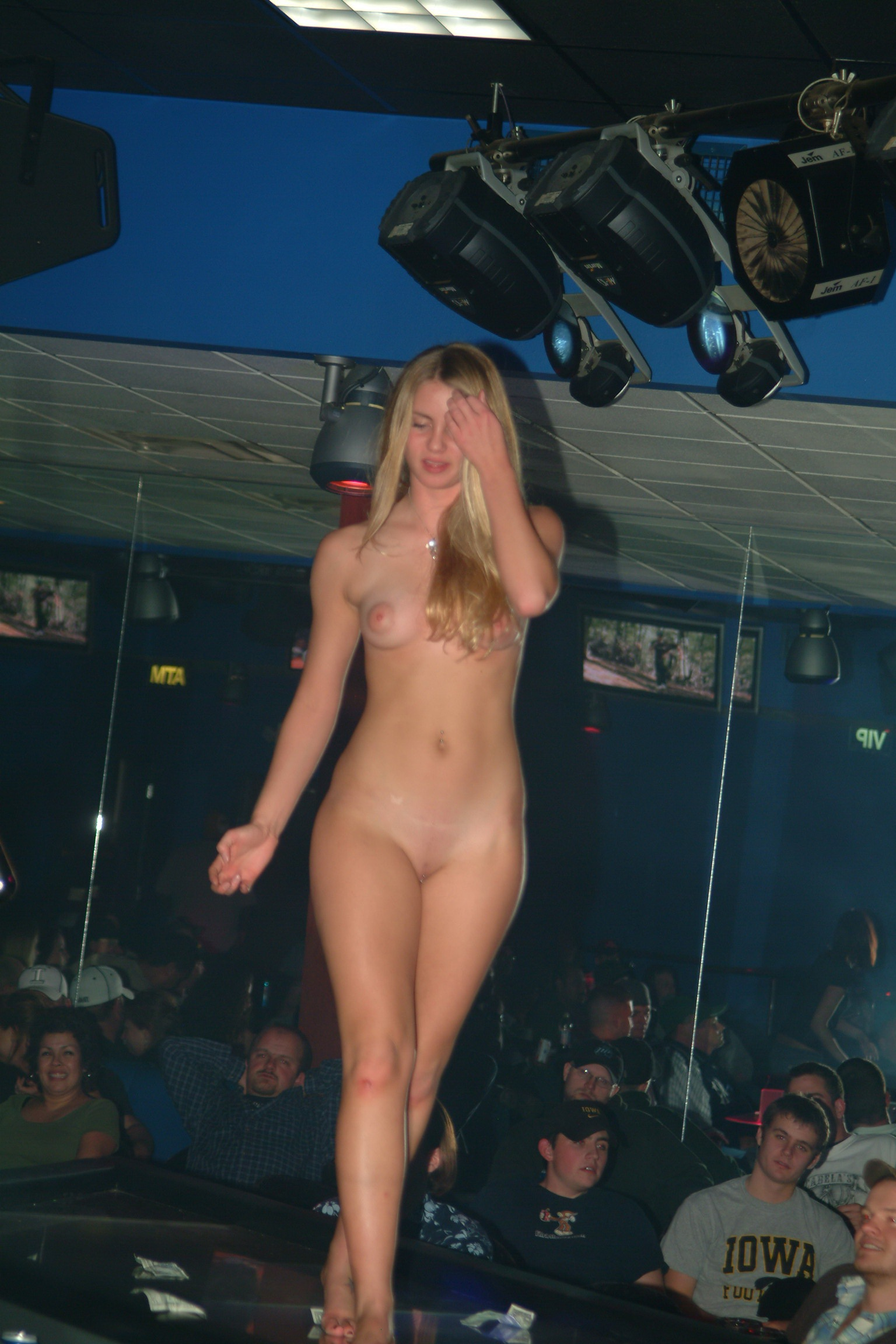 Amateur full movie stripper wants an 10